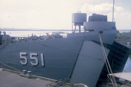 LST551 bow doors