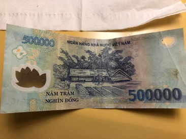 500000 dong note