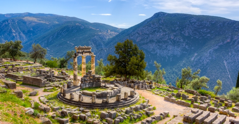 delphi-temple-athena2